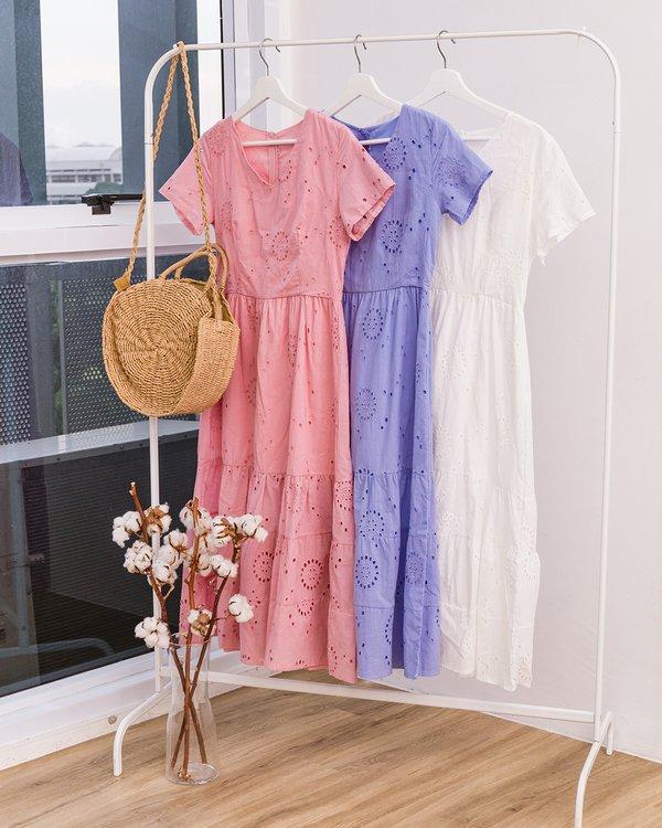 Wholesomely Homespun Eyelet Midi Dress Pink