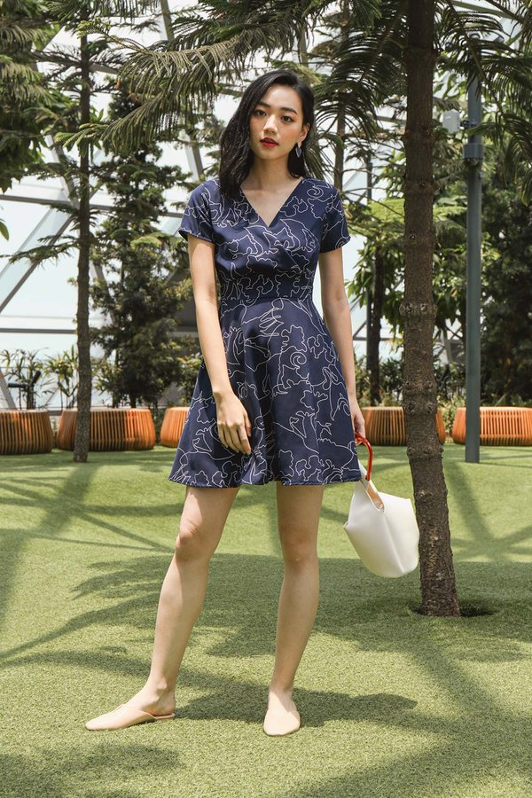Abstracts Illustrated Dress Navy Blue