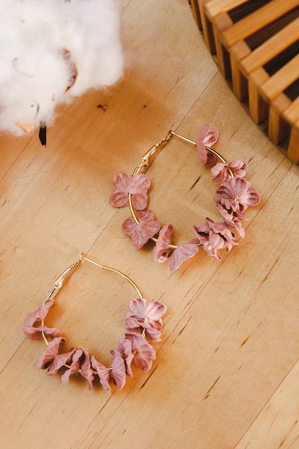 Petals Aflutter Hoop Earrings Blush