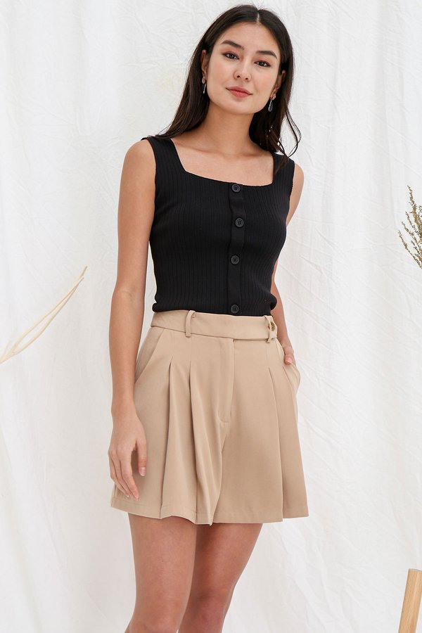 Fit like a Dream Buttoned Ribbed Knit Top Black