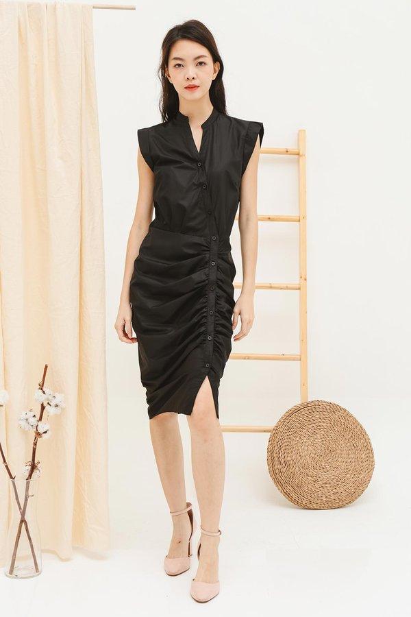 Streamlined Silhouette Ruching Button Midi Shirt Dress Black
