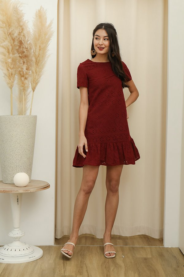 Eyelet Catching Appeal Dropwaist Shift Dress Burgundy Red