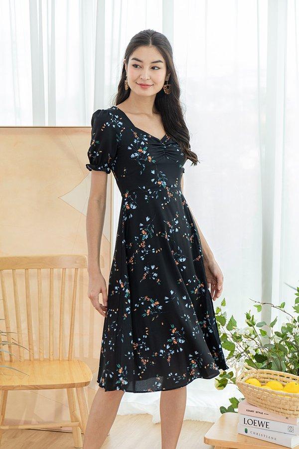 Melody of Flowers Slit Maxi Dress Black