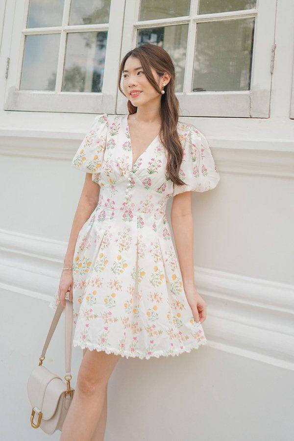 Vines Divine Vestiges Floral Bubble Sleeve Dress