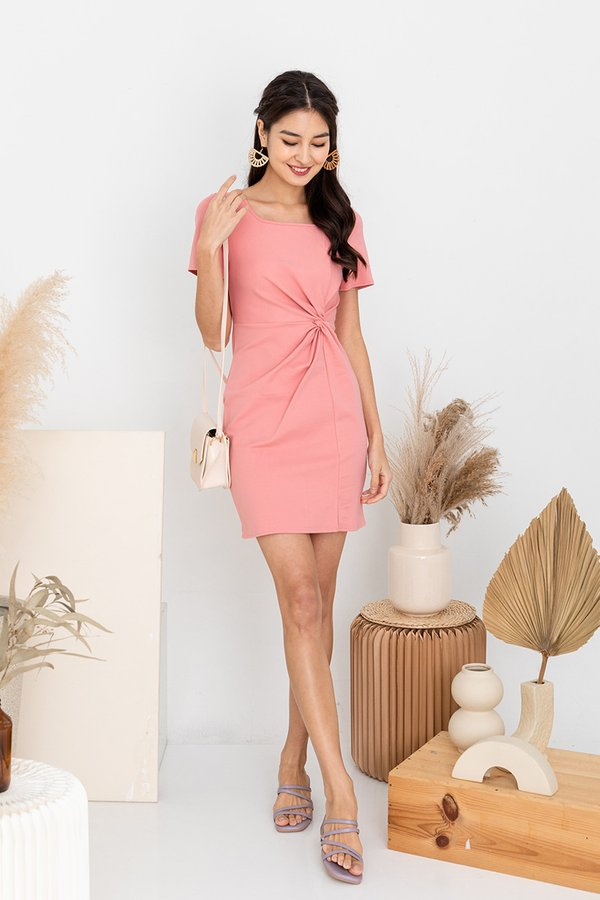 Knotted Rapport Tee Dress Pink