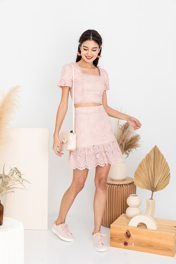 Leisure Meets Luxe in Twos Set Blush